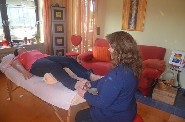 Schmerztherapie über Fußreflexzonen und Triggerpunkte